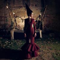 Raúl Rosillo presenta 'Quimera', una oda artística al traje de flamenca