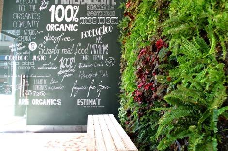 jardín vertical, ecológico, restaurantes ecológicos en barcelona, restaurantes ecológicos, ciudad condal,