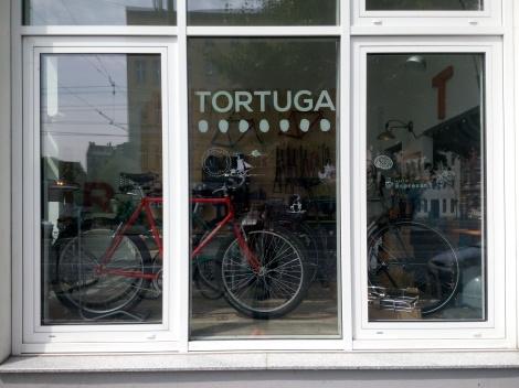 Tortuga cycles, bikes, taller de bicicleta, cafetería para bicicleteros, tendencias, coolhunting, trendstour, trendstourberling